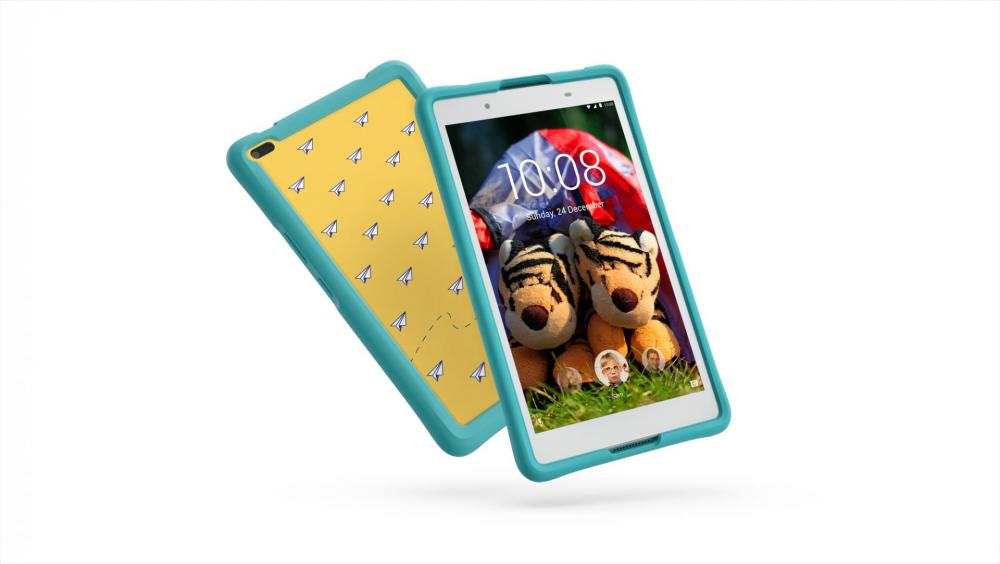 05_TAB4_8inch_HD_with_Kids_Bumper_Blue_Hero_Front_facing_right_White.jpg