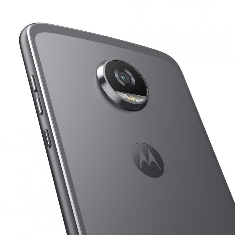Moto_Z2_Play_BackDetail_LunarGray.jpg