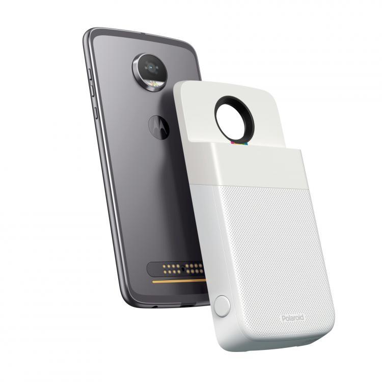 MotoMods_Polaroid_FrontBack_MotoZ2Play_V2.jpg