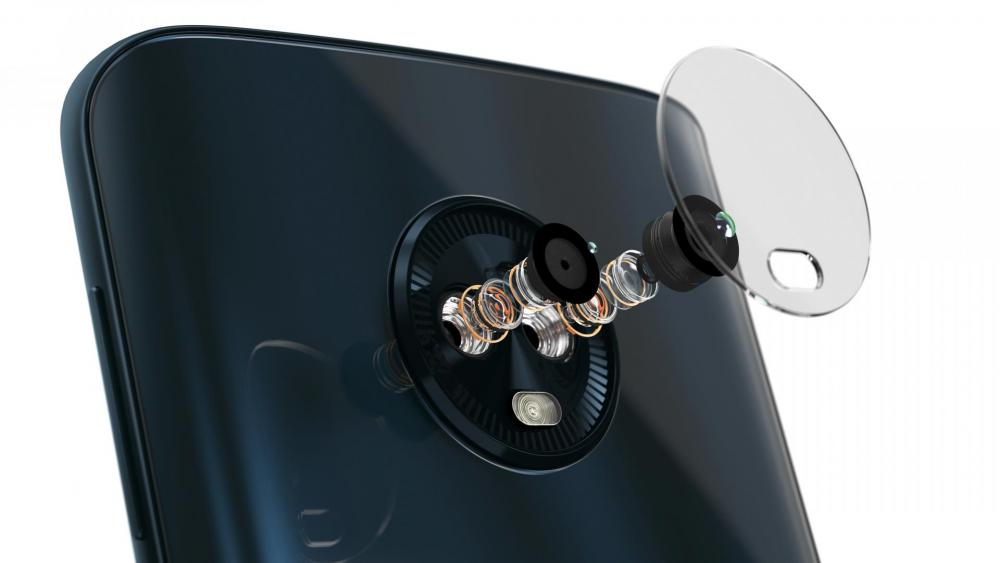 MotoG6-ROW_DeepIndigo_-_Camera_Lens.jpg