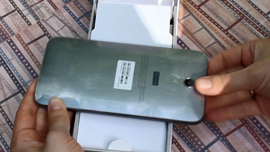 Распаковка ZUK Z1 (видео)